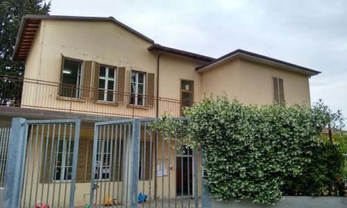 esterno scuola primaria De Amicis