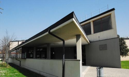 esterno scuola secondaria mazzei